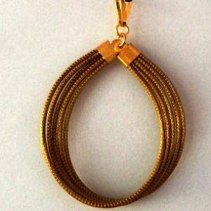 Pingente de Capim Dourado Modelo Gota arredondada