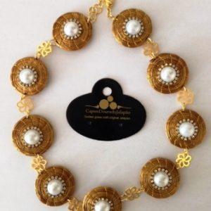 G018-Gargantilha  em capim dourado com Pérola e Stras