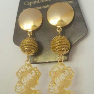 BR 107-Brinco em capim dourado com metal e mine orbes