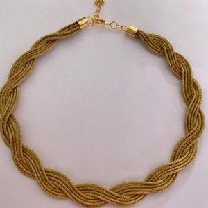 GO 23-Gargantilha trançada em capim dourado